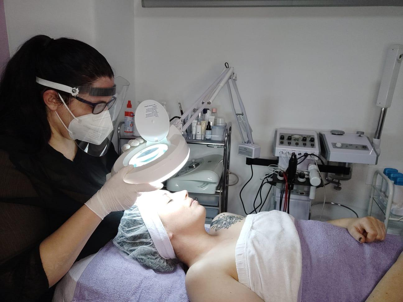 Beautyversum Coronakonforme Behandlung