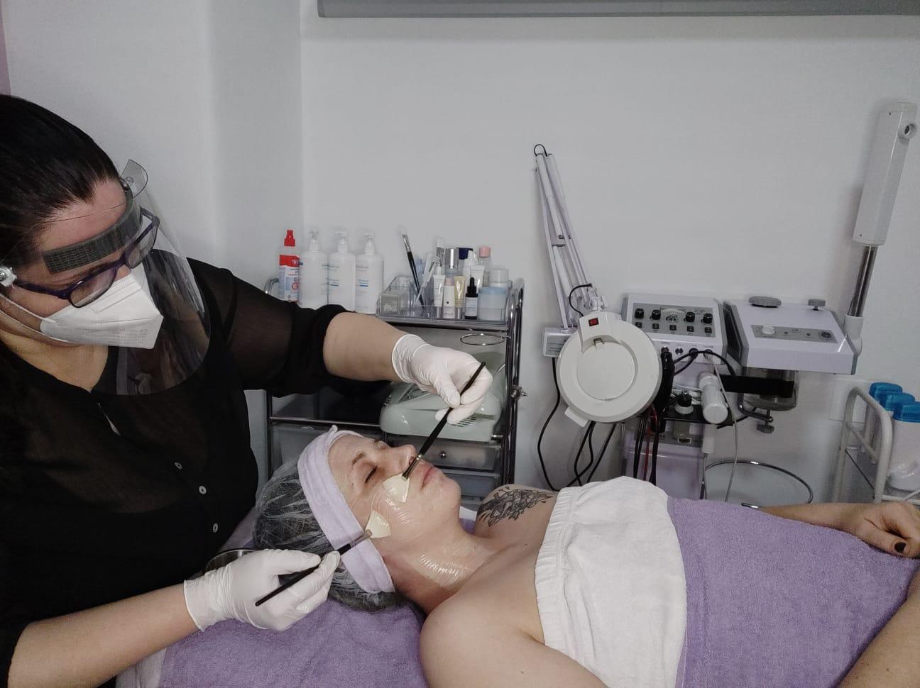 Coronakoforme Behandlung